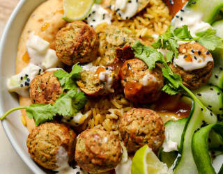 Toasted Naan and Baked Falafel Bowl
