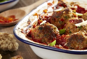 Vegetarian Italian Meatballs with Tomato Sauce