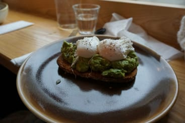 smashed avocado and eggs at Cartwheel Coffee